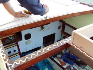 Verleimung der Decksplatten